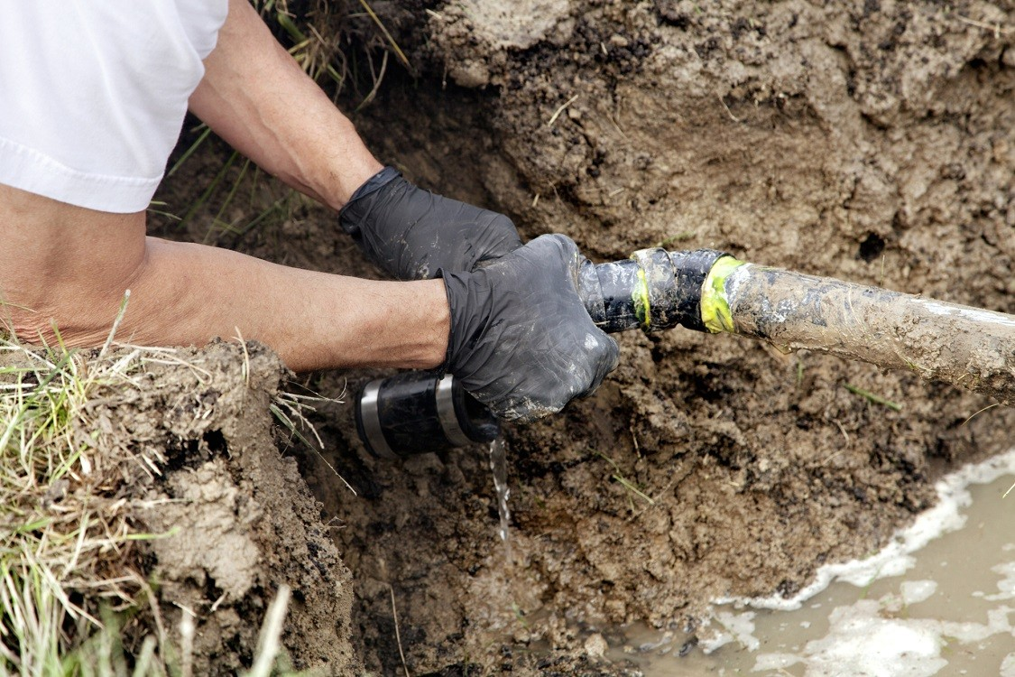 Sewer-Line-Repair-Sugar-Land-TX-Septic-Tank-Pumping-Installation-Repairs.-We offer Septic Service & Repairs, Septic Tank Installations, Septic Tank Cleaning, Commercial, Septic System, Drain Cleaning, Line Snaking, Portable Toilet, Grease Trap Pumping & Cleaning, Septic Tank Pumping, Sewage Pump, Sewer Line Repair, Septic Tank Replacement, Septic Maintenance, Sewer Line Replacement, Porta Potty Rentals, and more.